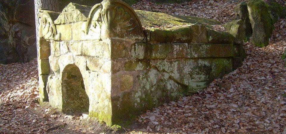 pondělí 21. září – meditace ve skalní svatyni v Českém ráji