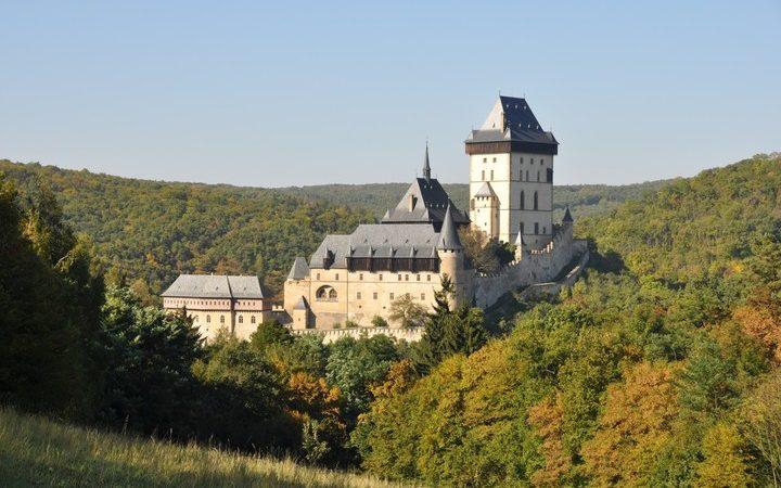 Zvu na Vyšehrad, Levý Hradec a Karlštejn